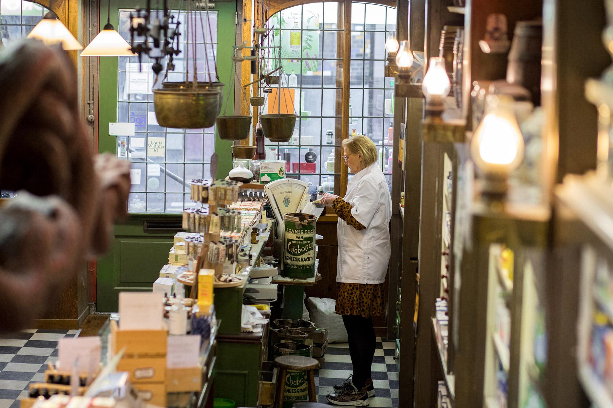 Winkel wegen kruiden Drogisterij van der Gaag Den Haag